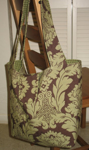 Tons of great diaper bag tutorials and patterns!