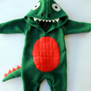 DIY Baby Dinosaur Costume Tutorial