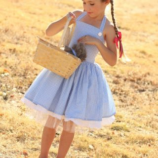 DIY Dorothy Costume Tutorial
