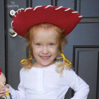 Handmade Costume Series: DIY Jesse Costume Tutorial (Toy Story)