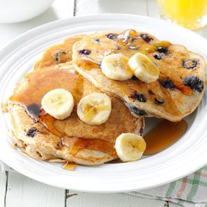 Banana blueberry pancakes and tons of other delicious pancake recipes!
