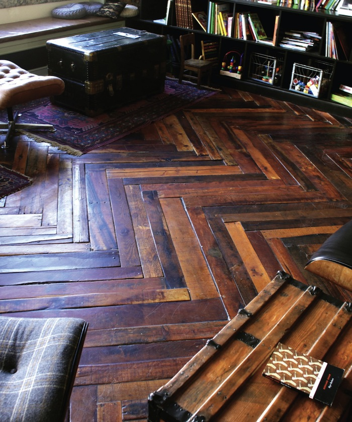 Turn pallets into gorgeous floors!