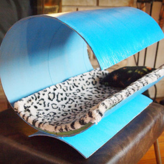 DIY modern cat bed