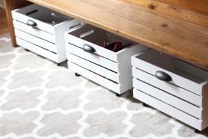 Easy DIY rolling wood crate tutorial