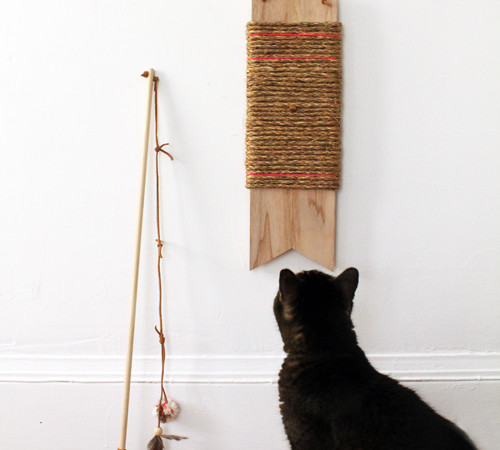 DIY hanging cat scratch post and toy wand