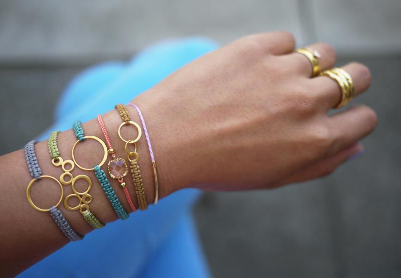 Simple, delicate macrame bracelet. Tutorial.