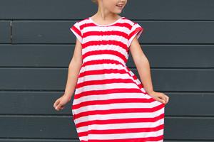 Genius way to sew perfect stripes!