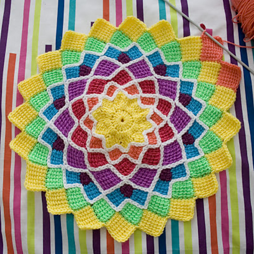 Gorgeous Tunisian crochet blanket pattern!