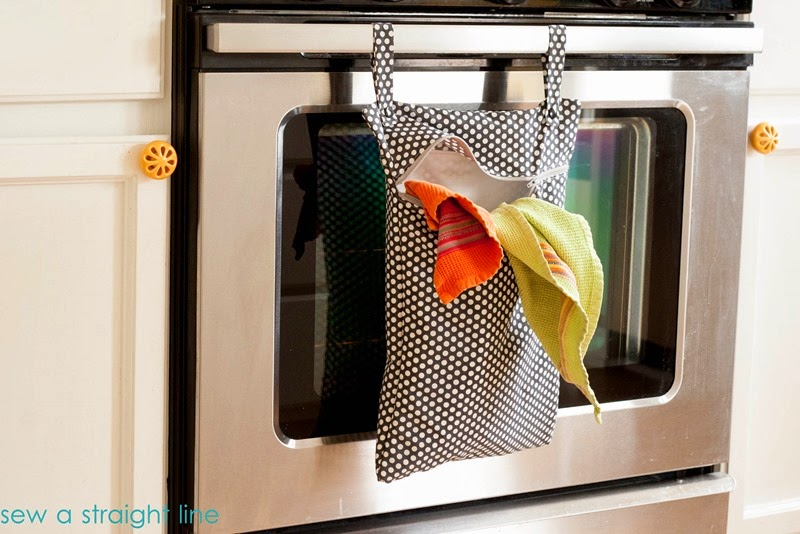DIY kitchen towel bag - great for dirty towels!