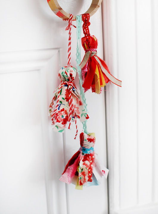 scrap fabric tassel tutotial