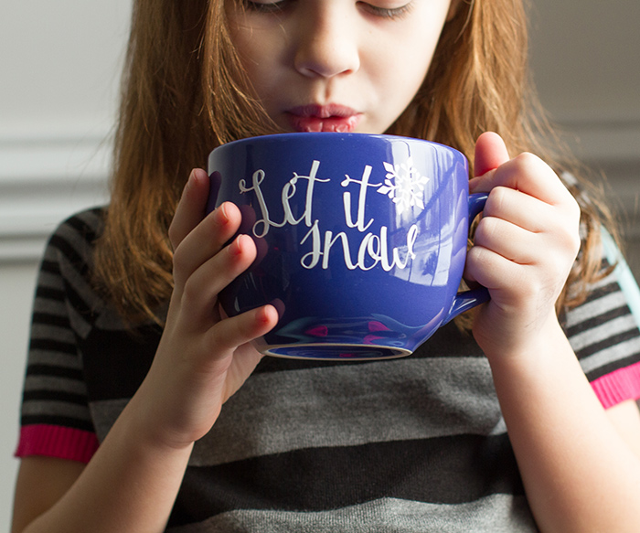 "DIY ""let it snow"" mug"