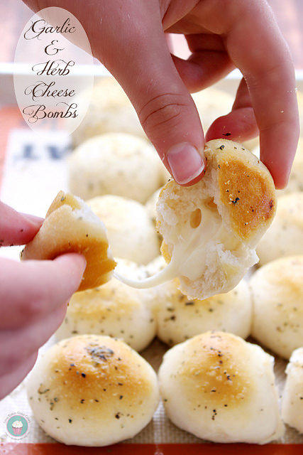 garlic and herb cheese bombs. YUM