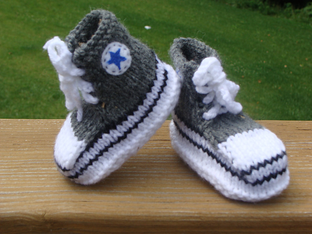bc9559831d22 Converse crochet pattern. Converse socks knit pattern on Ravelry. Converse  baby booties pattern