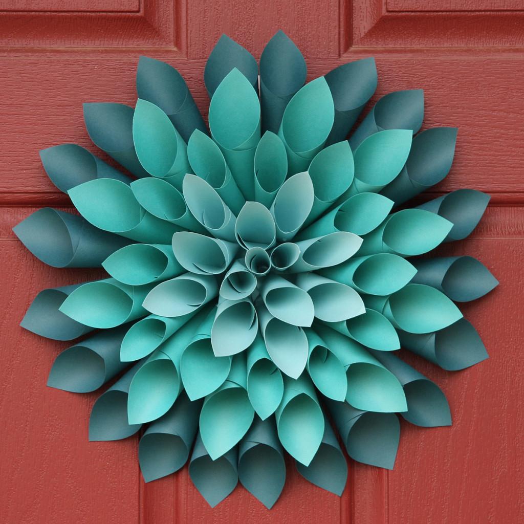 DIY paper dahlia- so cute!