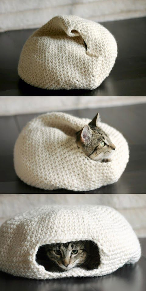 Crocheted cat bed tutorial - SO CUTE!