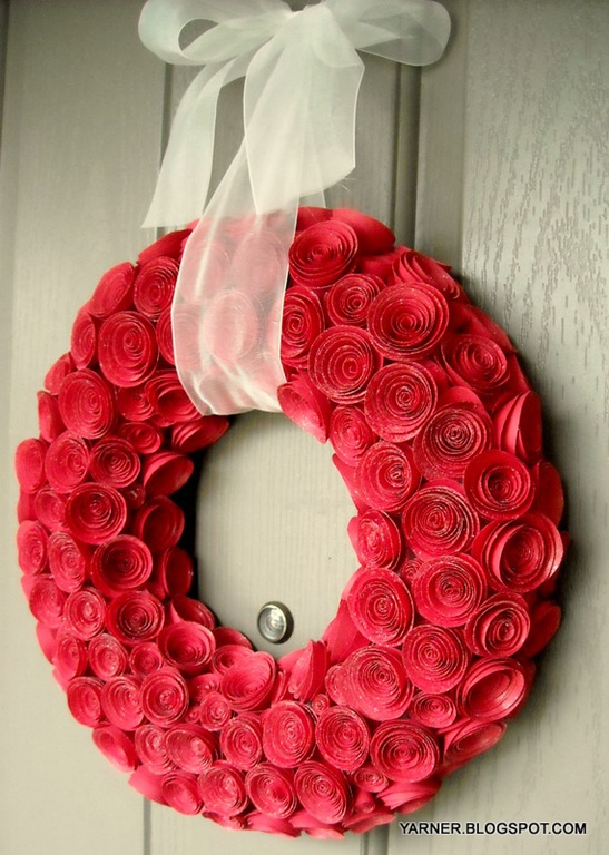 Paper rose wreath tutorial