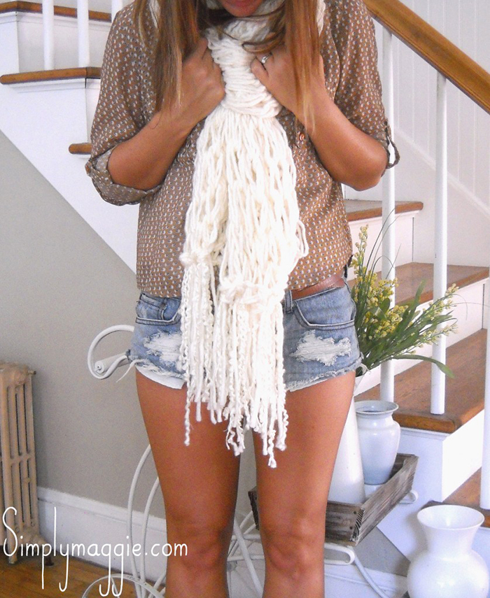 Free arm knitting tutorial - fringe scarf
