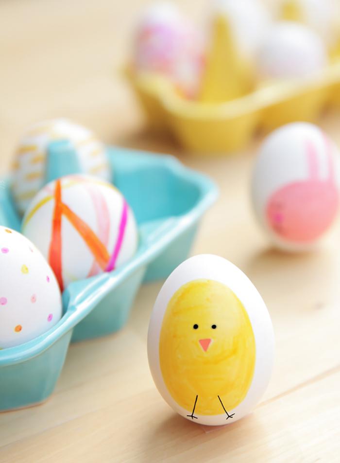 DIY sharpie eggs - the cutest!