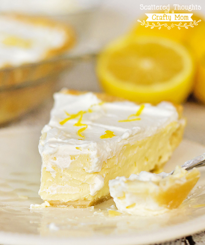 Lemon cheesecake pie. YUM