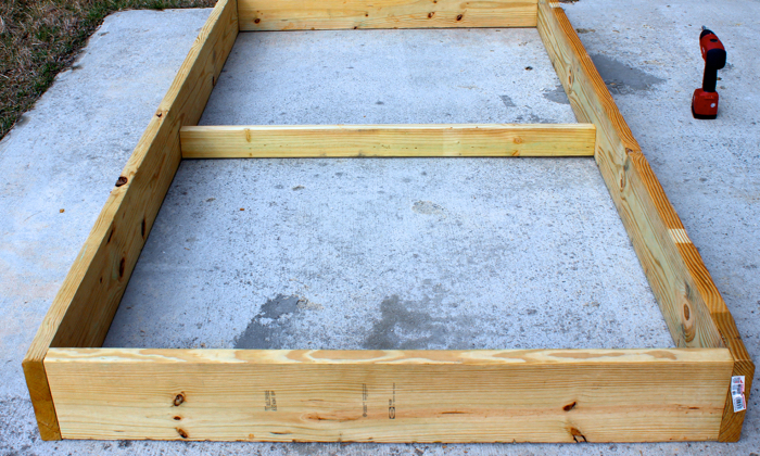 DIY Garden Box--attaching the brace