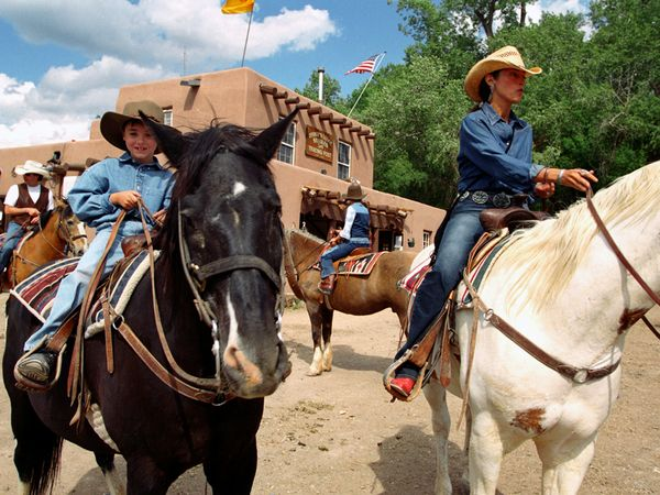 25 Family Vacations for Active Kids (Sante Fe)