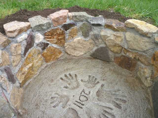 Personalized Outdoor Fire Pit Tutorial