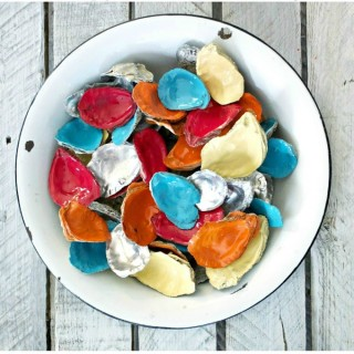 Colorful Oyster Shell Centerpiece