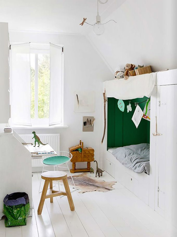 toddler room with sleeping nook