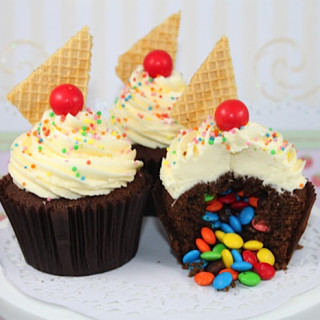 How to Make Surprise Cupcakes Kids Will Love