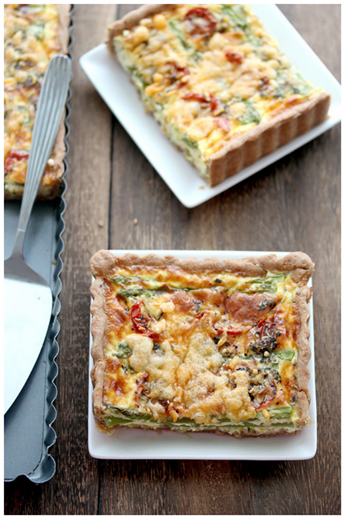 Asparagus, leek and tomato quiche