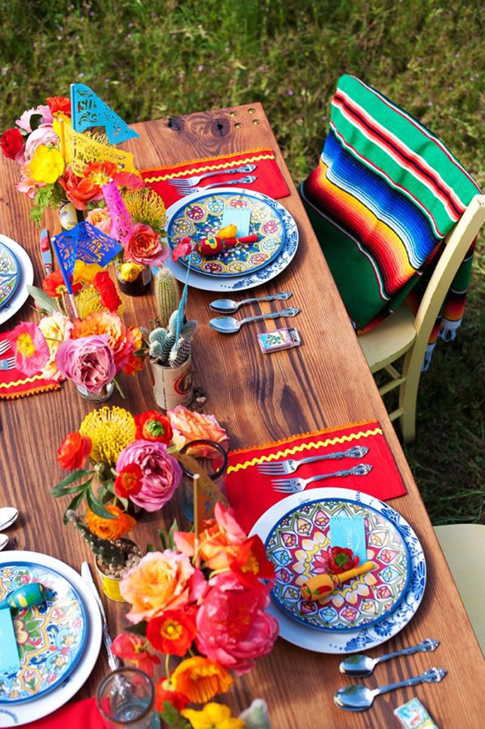 How to make a festive table setting