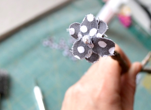DIY: Eco-Friendly Fabric Flowers