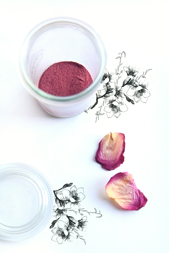 Homemade-beet-root-blush-2