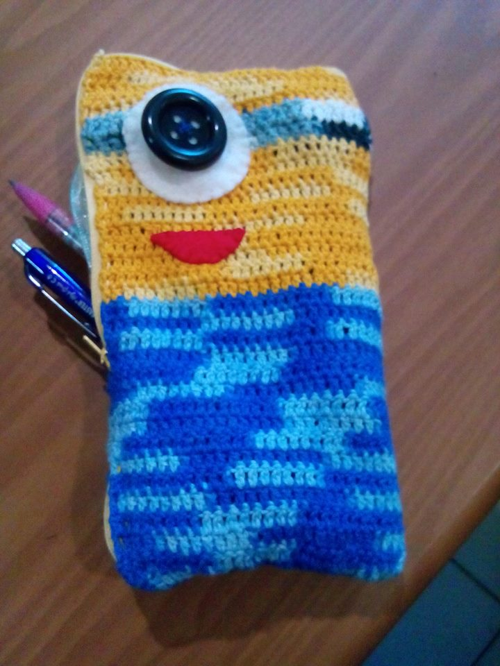 crochet pencil case - Andrea's Notebook