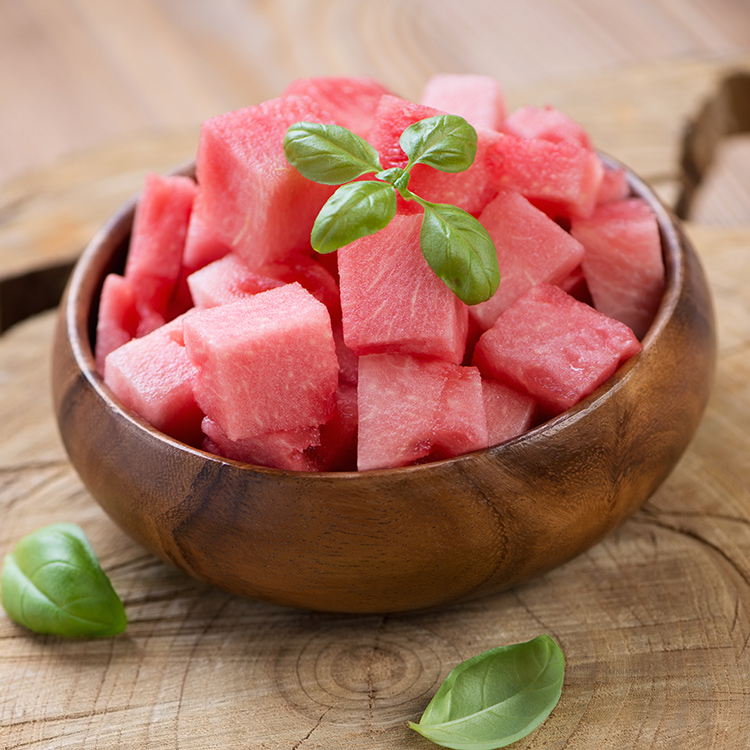 how to cut a melon in cubes