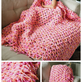 Easy Crochet Blanket Tutorial