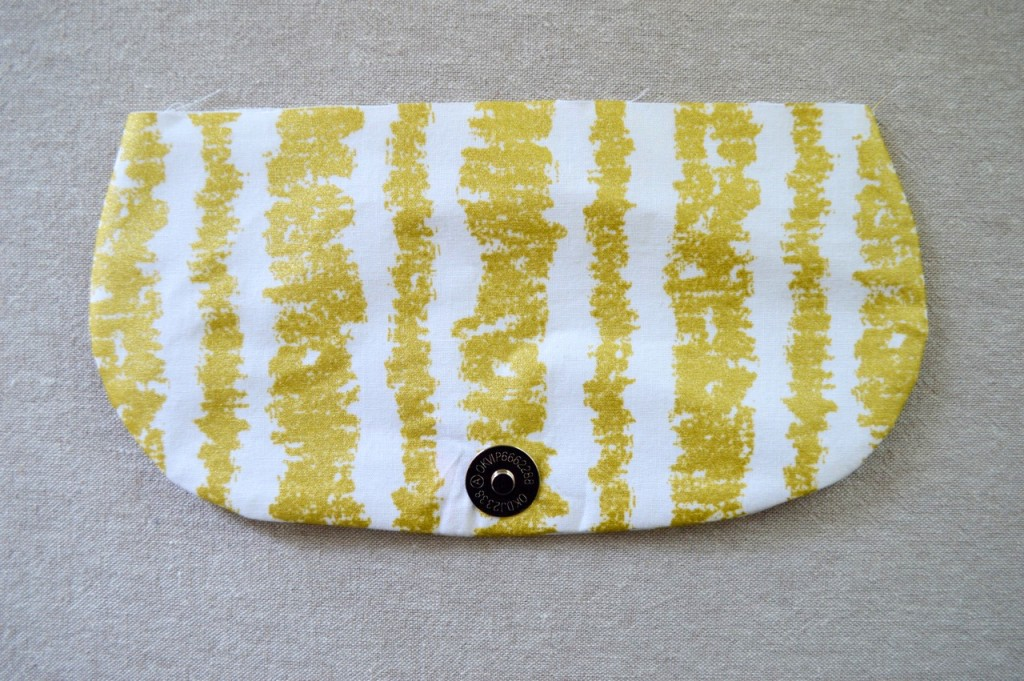Date Night Clutch with Wristlet - Free Pattern