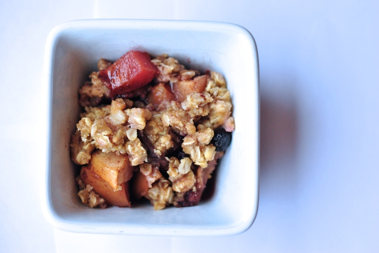 Crock-Pot Berry Peach Crisp