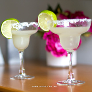 Make a Happy Hour Sparkling Lemon Margarita