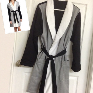 Colorblock Robe