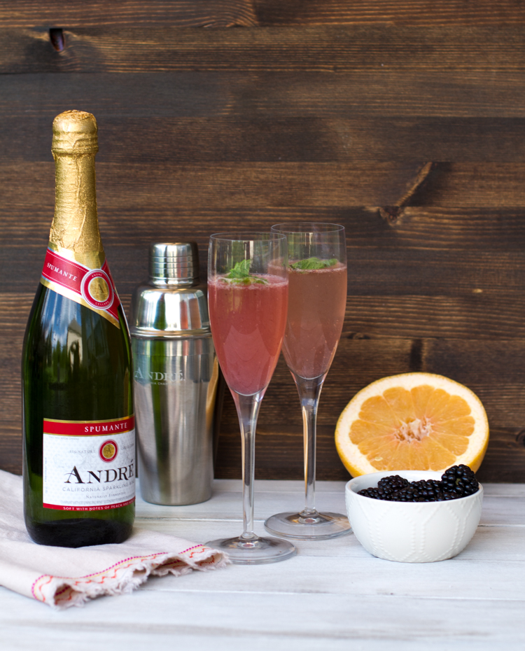 Blackberry Grapefruit Bellini Recipe