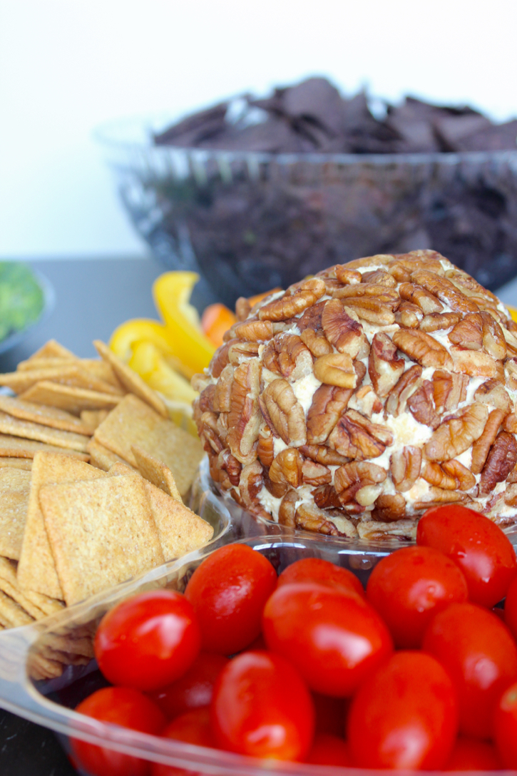 Holiday Cheeseball Recipe