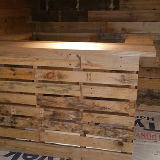 Make your own pallet bar