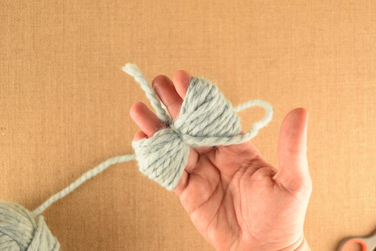 Wrapping Yarn To Make A Pom Pom