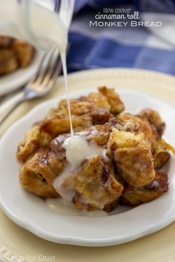 Cinnamon Roll Monkey Bread - Make in a slow cooker!