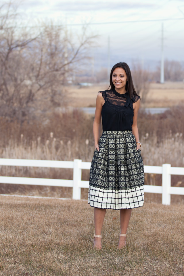 Pleated Skirt with Pockets Tutorial