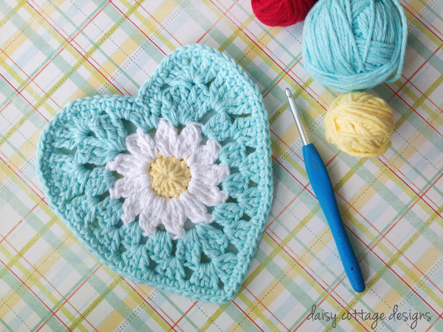 daisy heart crochet tutorial