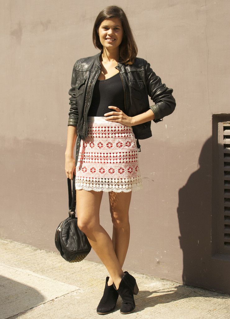 DIY Lace Mini Skirt Tutorial