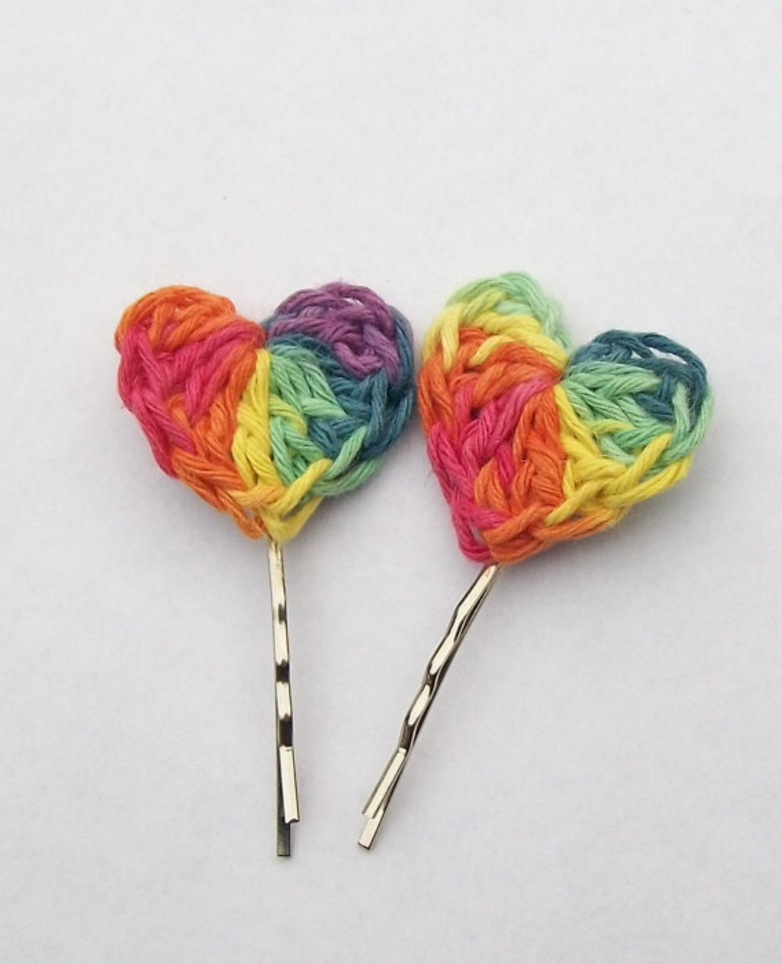 simple crochet heart bobby pin tutorial