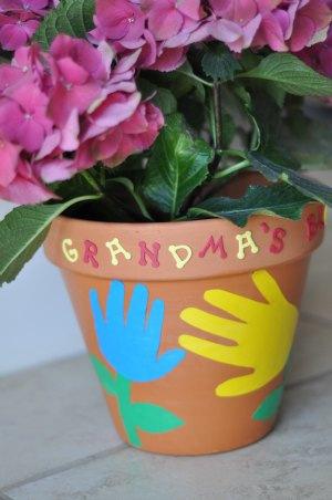 hand print flower pot